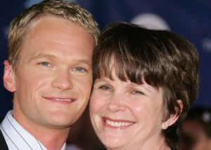 neil-patrick-harris-and-mom